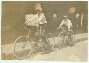Wilbur Bold, a 12-year old Western Union messenger boy, Tampa, Florida, 1911.